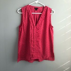 Ann Taylor Pink V-Neck Pleated Front Tank S